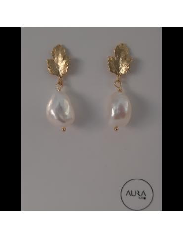 Pendientes de plata dorada con perla